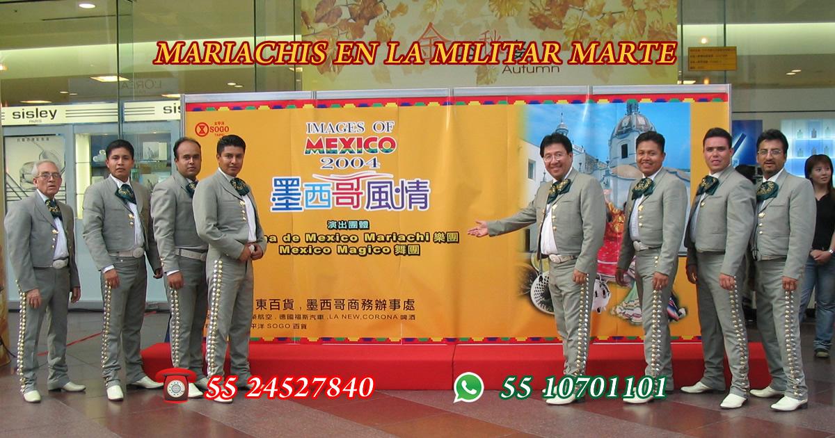 Mariachis en La Militar Marte